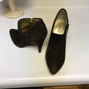 Guess suede ankle boot.